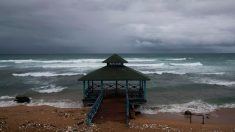Sistema sobre Bahamas cruzará Florida y se hará depresión en Golfo de México