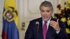 """Maduro se """"sostiene"""" del narcotráfico, """"alberga terroristas"""" y es una """"amenaza"""" para la democracia: Duque"""