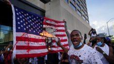 Los izquierdistas culpan a Estados Unidos. Las personas decentes se culpan a sí mismas.