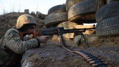 Armenia y Azerbaiyán continúan los combates en Nagorno Karabaj