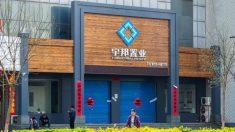 Los promotores inmobiliarios más grandes de China enfrentan una crisis financiera