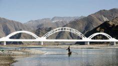 China planea 'convertir Xinjiang en California' desviando los ríos de la India, dicen los expertos