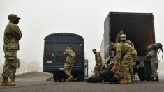 Guardia Nacional de Oregón despliega un grupo para ayudar a combatir incendios y trabajos de rescate
