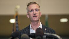 """Alcalde de Portland dice que los alborotadores """"aterrorizan a familias con niños"""""""