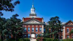Adolescente admitido en 65 universidades elige Universidad Howard de Washignton