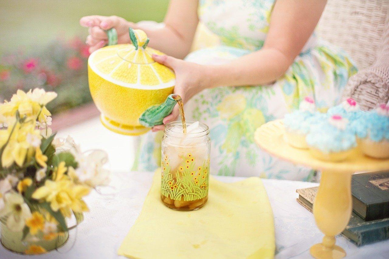 Disfrute de abundante vinagre y té kombucha para un otoño saludable
