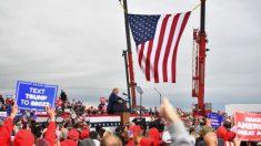 """Discurso de Trump en mitin fue interrumpido por coro que decía """"We Love You"""" (Te Queremos)"""