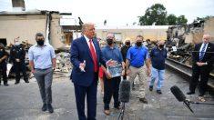 Trump recorre los daños de los disturbios en Kenosha y promete ayudar a las empresas a reconstruirse