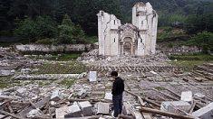 Condenan a 7 años de prisión a vendedor de libros religiosos en China