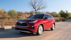 2020 Toyota Highlander, afincado en la cima… por ahora