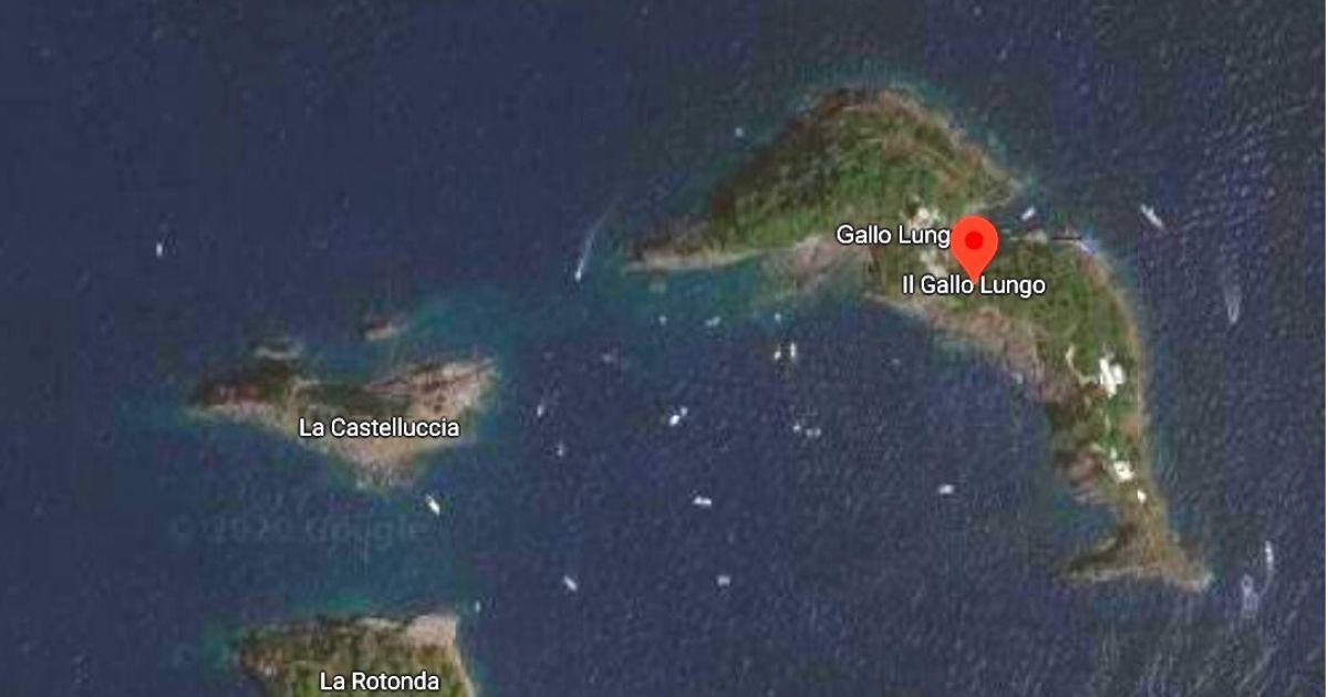 Esta increíble isla italiana tiene la forma de un delfín