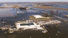 Luisiana, de nuevo entre escombros y destrozos tras el paso del huracán Delta
