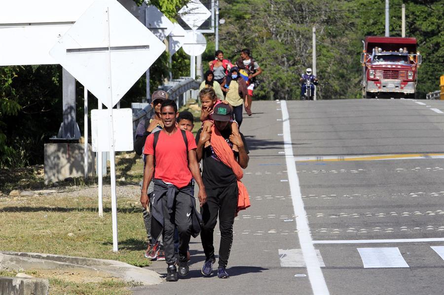 """""""La gente va a seguir saliendo de Venezuela"""": Coordinadora regional de refugiados de EE. UU."""