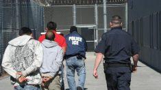 Texas y Louisiana demandan al gobierno alegando que evade custodia de inmigrantes ilegales convictos
