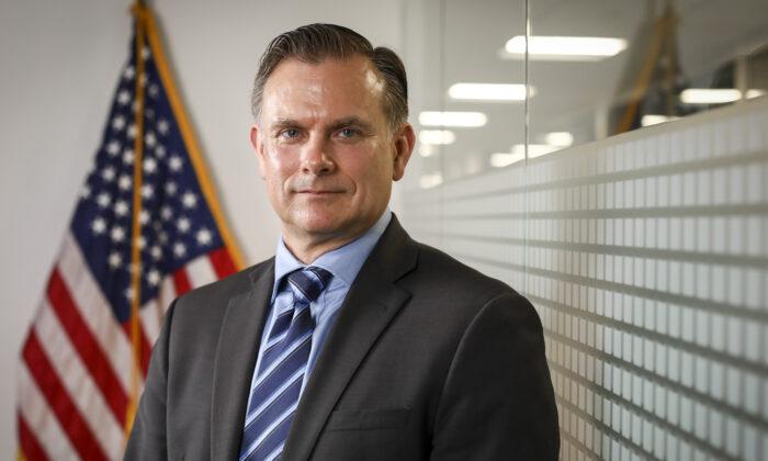 General de brigada retirado de la Fuerza Aérea de EE.UU. Robert Spalding en Washington, D.C. el 29 de mayo de 2019. (Samira Bouaou/The Epoch Times)