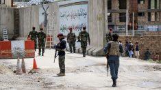 Al menos 13 soldados muertos en un ataque interno en el oeste de Afganistán