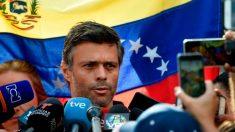 Leopoldo López sale de Venezuela y viajará a España, según su padre