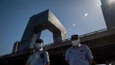 """Prensa estatal china transmite """"confesión"""" forzada de taiwaneses y provoca protestas en Taiwán"""