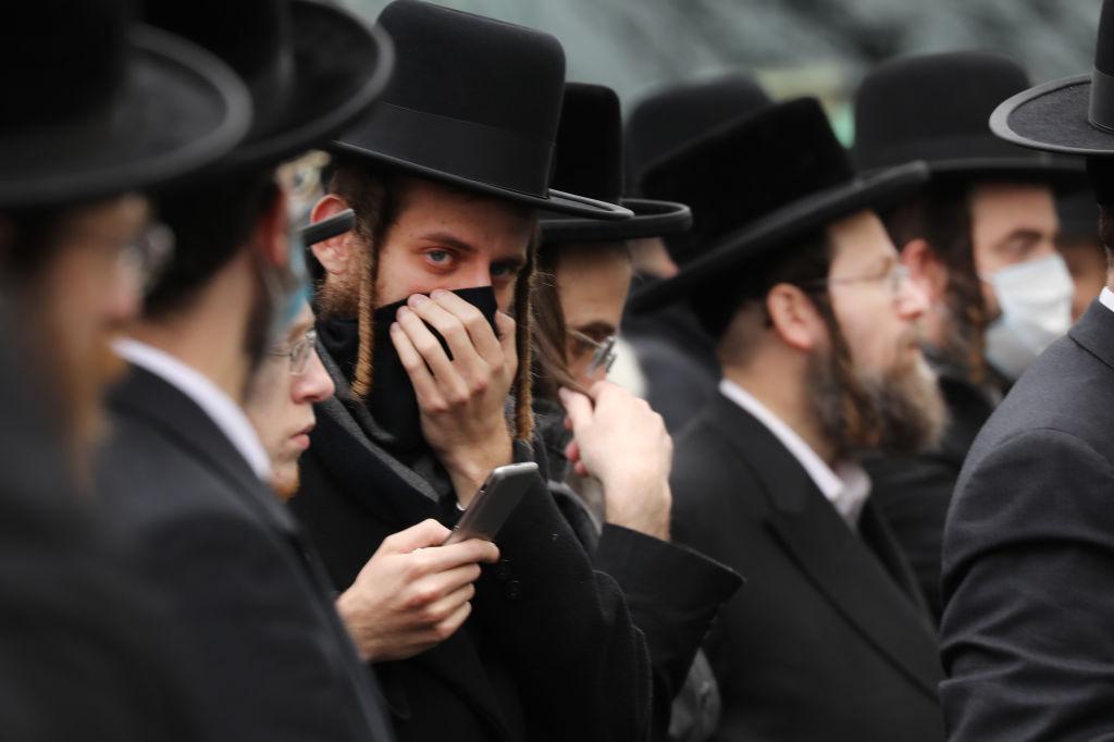 Multan con 15,000 dólares boda judía ortodoxa con miles de invitados en Nueva York