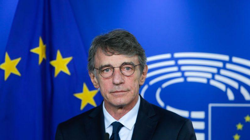 El presidente del Parlamento Europeo, David Sassoli, da una conferencia de prensa tras su reunión con el jefe de la fuerza de trabajo de la UE para las relaciones con el Reino Unido, el 8 de septiembre de 2020 en Bruselas (Bélgica). (Foto de ARIS OIKONOMOU/AFP vía Getty Images)