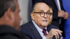 Rudy Giuliani hace denuncia policial relacionada con el presunto portátil de Hunter Biden