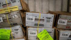 Problemas del Servicio Postal afectan especialmente a comunidades de minorías en EE.UU.