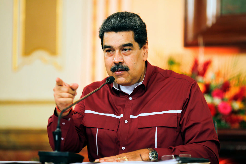 """Biden extiende decreto que califica al régimen de Maduro como una """"amenaza extraordinaria"""""""