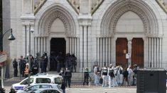 Ataque terrorista islámico deja tres muertos en iglesia francesa