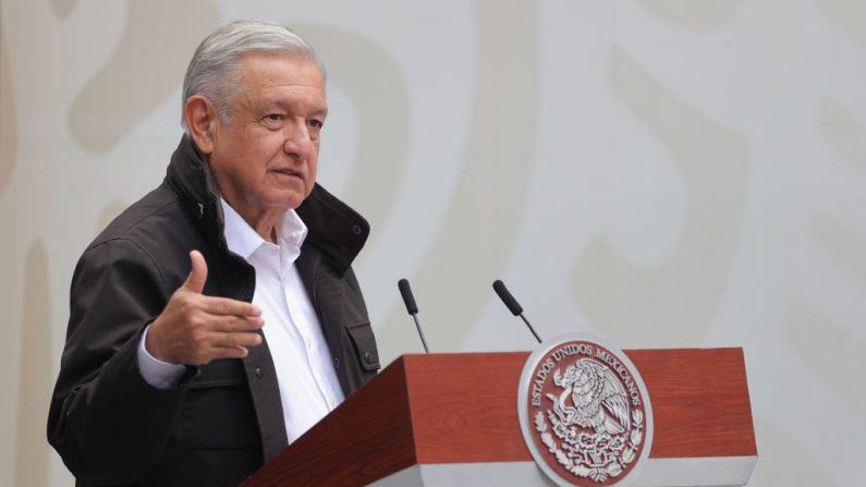 El presidente de México Andrés Manuel López Obrador durante un discurso en el Palacio Nacional el 26 de septiembre de 2020 en la Ciudad de México, México. (Foto de Hector Vivas/Getty Images)