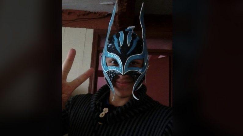 """El luchador """"Príncipe Aéreo"""" tenía 26 años. (Selfie de facebook.com/Príncipe Aéreo-Luchador)"""