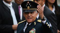 EE.UU. entrega a México al exsecretario Salvador Cienfuegos