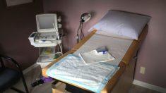 Derriban ley de aborto de Tennessee que requería un período de espera de 48 horas