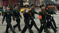 Policía china interroga a activista por ordenar banderas de EE.UU. en línea