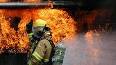 Héroe brasileño: adolecente de 17 años entra a una casa en llamas para salvar a una mamá y sus 2 hijos