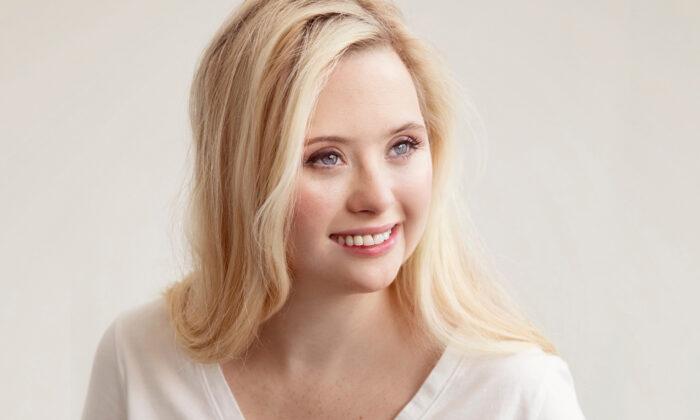 Modelo con síndrome de Down es la primera de EE. UU. en representar a una marca para cuidado de la piel
