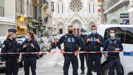 Hieren de bala a un sacerdote ortodoxo en un templo de la ciudad francesa de Lyon