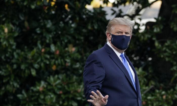 """La Casa Blanca advierte contra los cierres y dice que son """"extremadamente perjudiciales"""""""