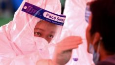 China afirma no tener casos nuevos del virus del PCCh en 11 millones de tests, pero residentes sospechan