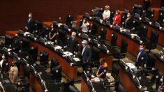El Senado de México suprime el fuero para que presidentes puedan ser juzgados