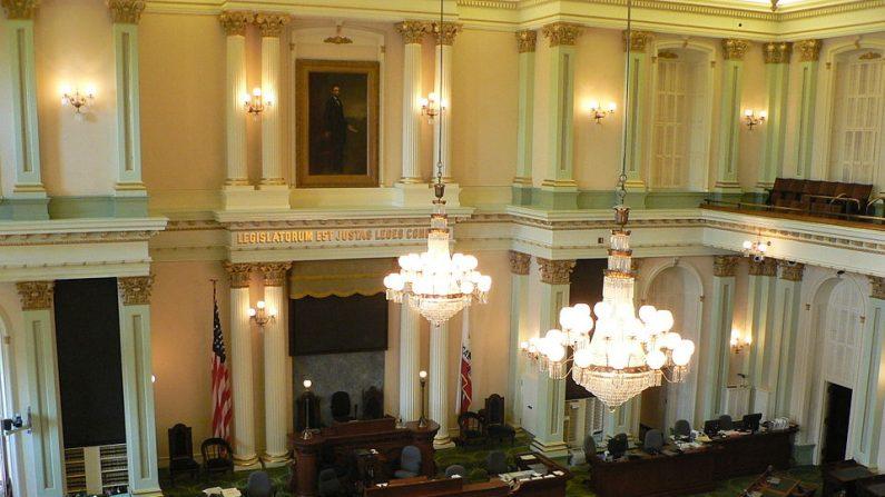 Sala de la Asamblea del Estado de California (Wikimedia Commons/CC BY-SA 3.0)