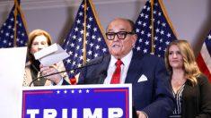 Abogados de Trump quieren que Rudy Giuliani argumente de nuevo ante la Corte Federal