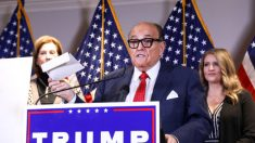 Sidney Powell no forma parte del equipo legal de Trump, según Rudy Giuliani