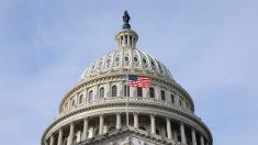 Republicanos amplían su número en la Cámara, pero demócratas logran mantener la mayoría