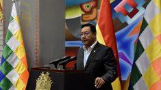 Presidente boliviano viaja a Brasil para un control médico tras superar cáncer
