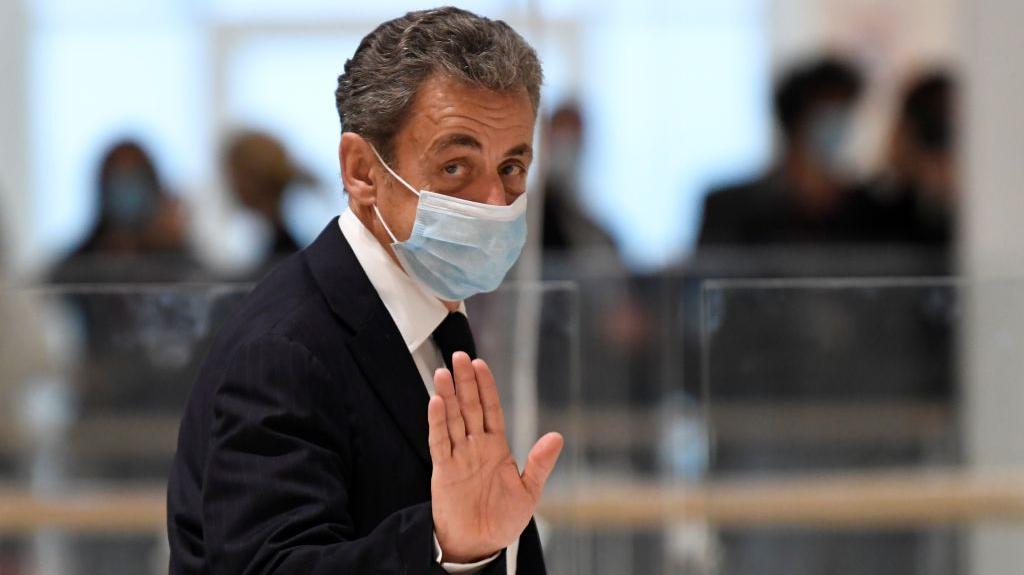 El expresidente francés Sarkozy se enfrenta a un juicio por corrupción