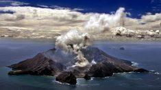 Nueva Zelanda presenta 13 demandas por las muertes y heridos en volcán Whakaari