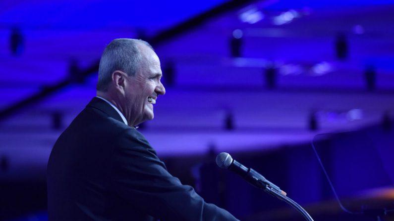 El gobernador de Nueva Jersey, Phil Murphy, habla en Liberty Science Center en Jersey City, Nueva Jersey, el 13 de mayo de 2019. (Eugene Gologursky/Getty Images para Liberty Science Center)