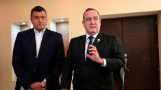 El presidente y el vicepresidente de Guatemala ponen fin a sus disputas