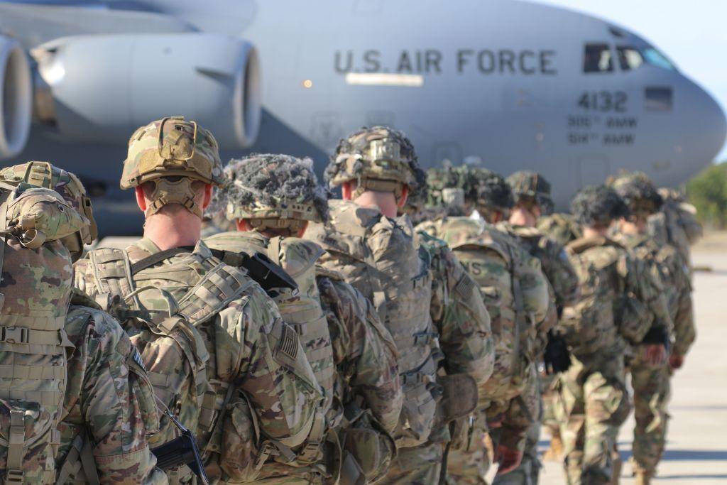 Inauguran una nueva base militar estadounidense en Polonia