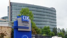 Los CDC publican guía para personas con problemas de salud que estimen vacunarse contra COVID-19